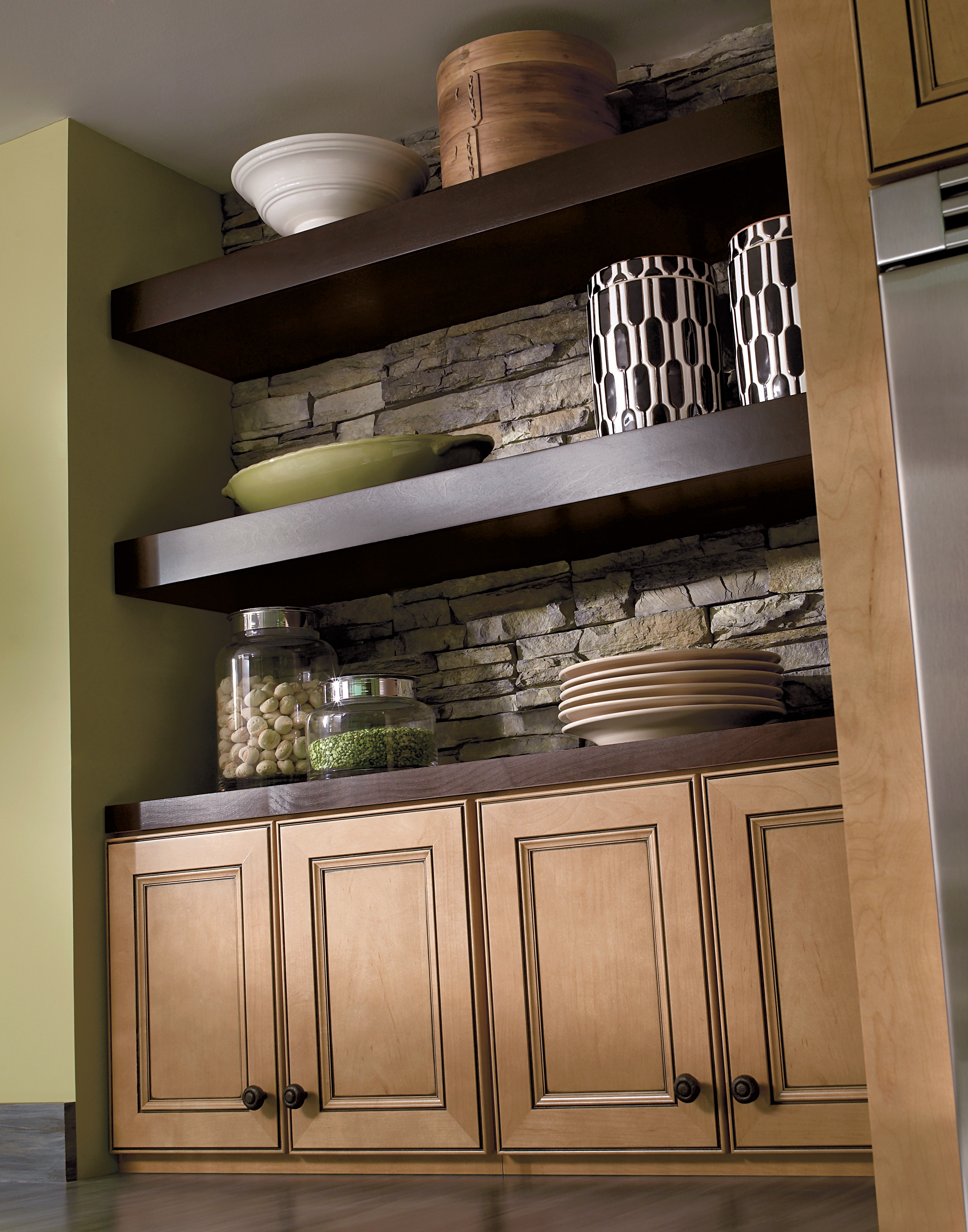 Homecrest Lawry Kitchen Cabinetry