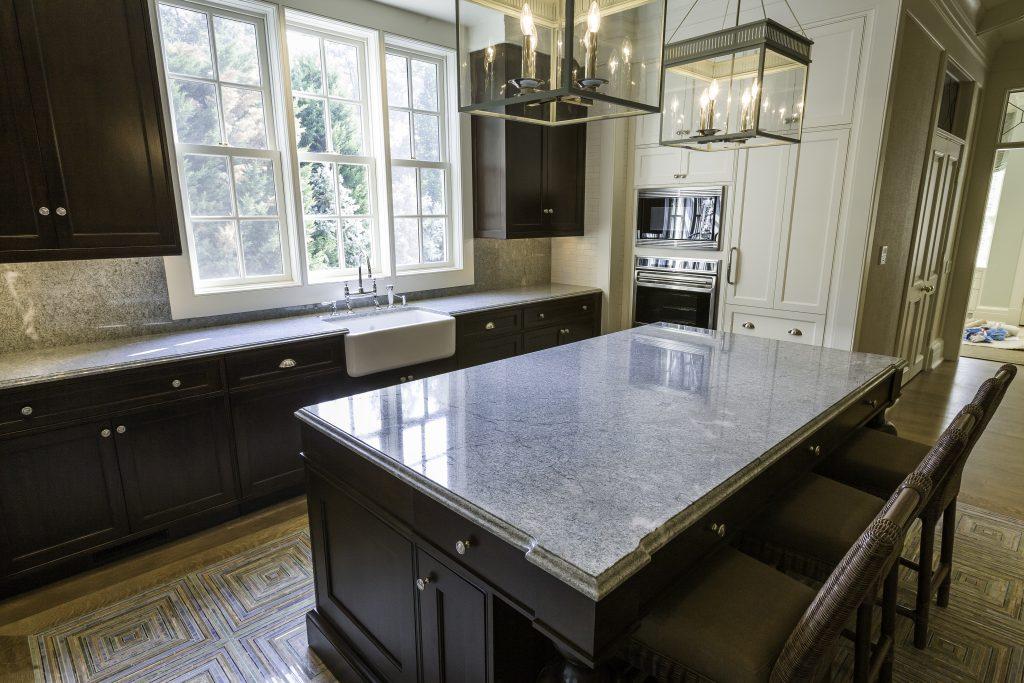 costa esmeralda granite kitchen