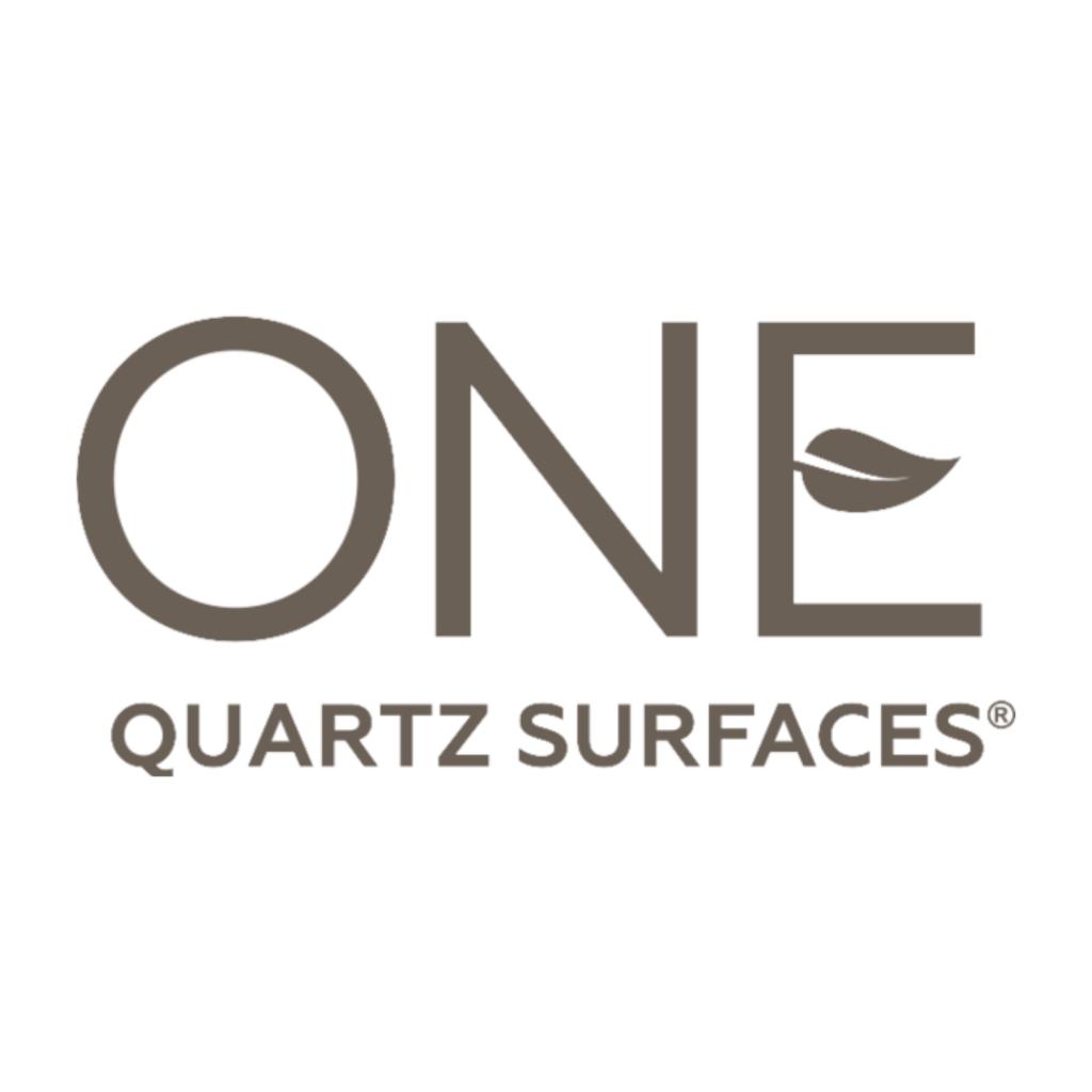 one quartz logo large square